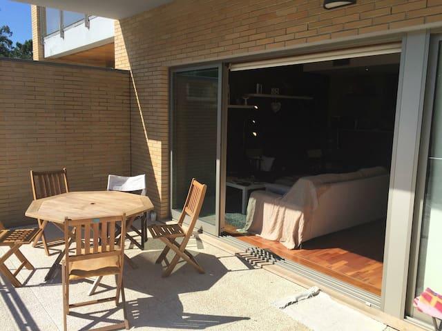 T1 em condomínio privado, 2m praia - Darque