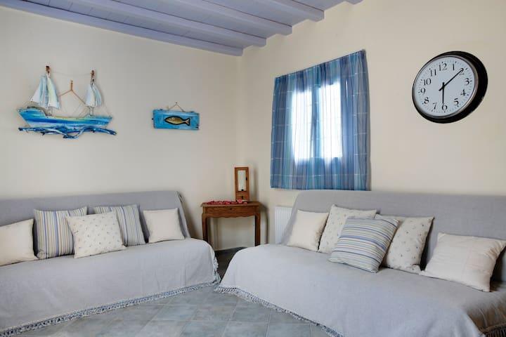 GT Suites - Blue Rose - Ornos - อพาร์ทเมนท์