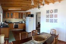 Azorean Cottage - Cozinha e Sala de Jantar