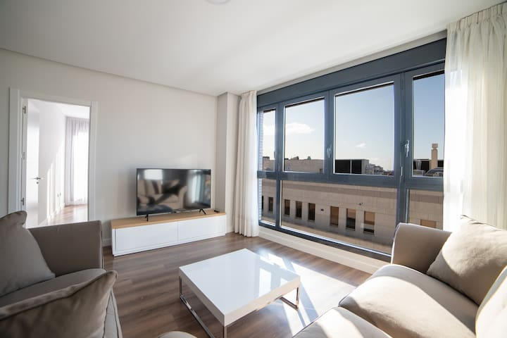 New Penthouse with terrace close to Bernabeu St.