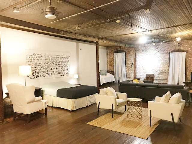 True Artist loft South of Downtown