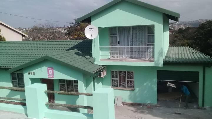 KWA MGOZIMBA GUEST HOUSE (ROOM2)