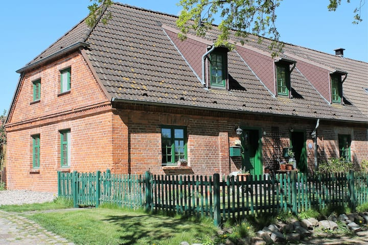 Spacious Holiday Home in Landstorf Zierow with Beach Near