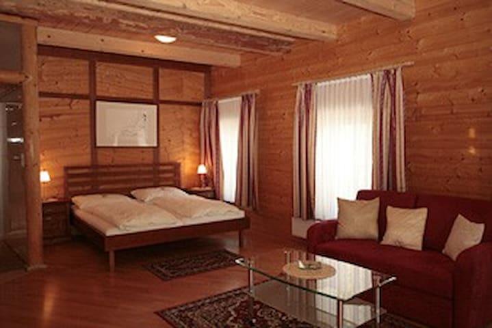 Zimmer/Appartement/Wohnung vollausgestattet, neu - Porstenberg