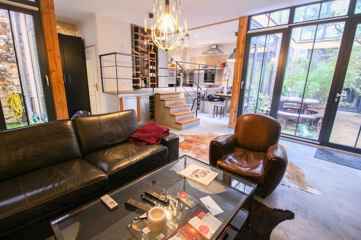 SUBLIME 115SQM HOUSE WITH PATIO - BUTTES CHAUMONT