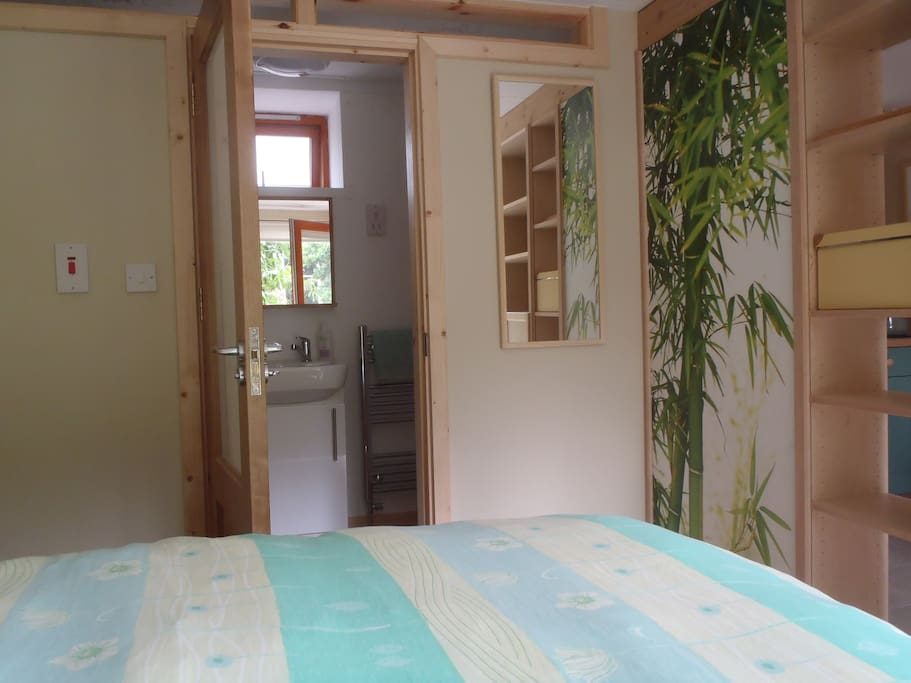 Small Self Catering Studio Apartment Flats For Rent In