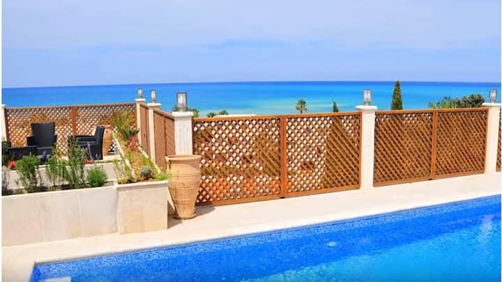 Acropolis Sea View Villa - Private Pool, BBQ, Wifi