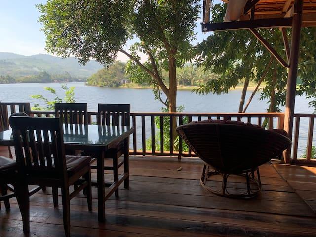Bodia Retreat ~ Riverside house in the Jungle