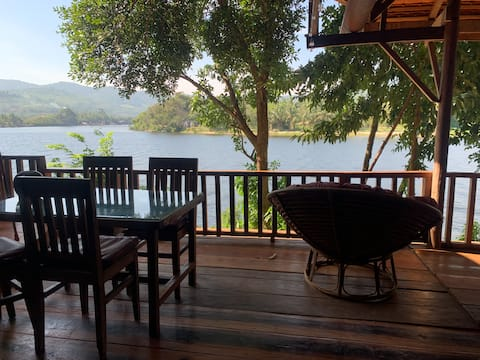 Bodia Retreat ~ Riverside house in the Jungle