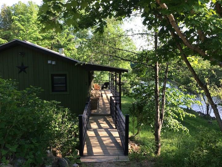 L.Flamingo Riverfront Treehouse+Chalet Combo Prop