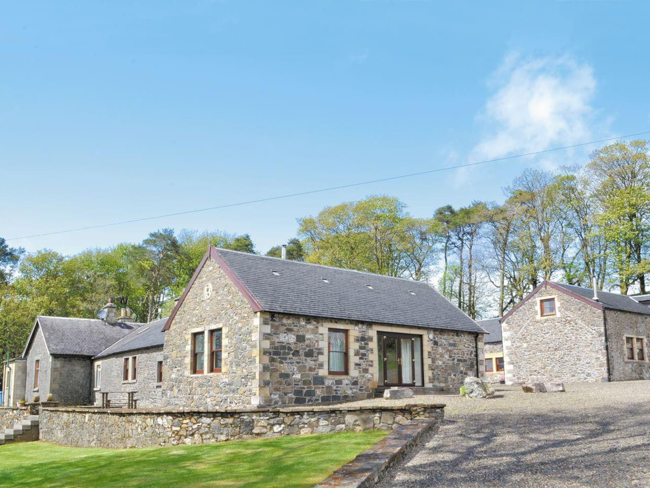 Mountherrick Holiday Cottages, Beech Cottage