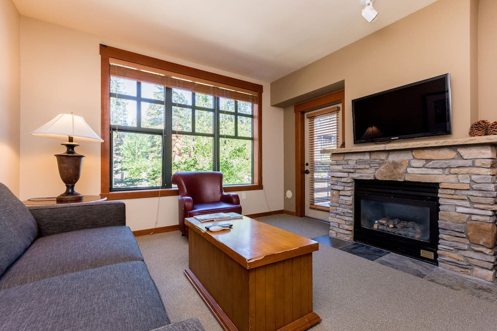 The Village Grand Sierra Lodge Apartments For Rent In Mammoth Lakes California United States