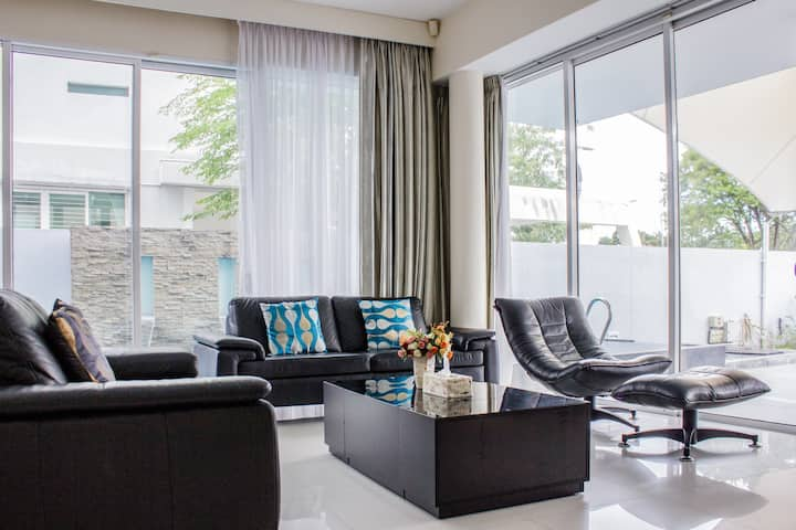 Penang Inn VIP Villa (entire house)