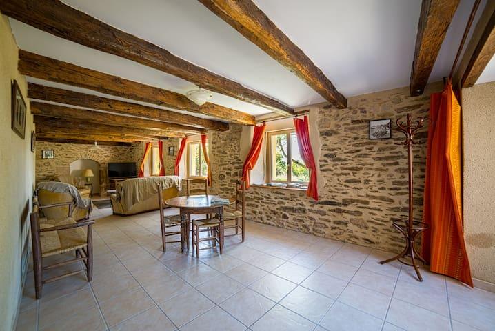 Gîte pleine campagne - Rignac - Casa