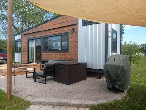 Warbler Lodge