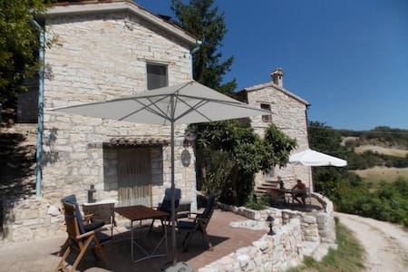 Private house in the countryside - Fossombrone