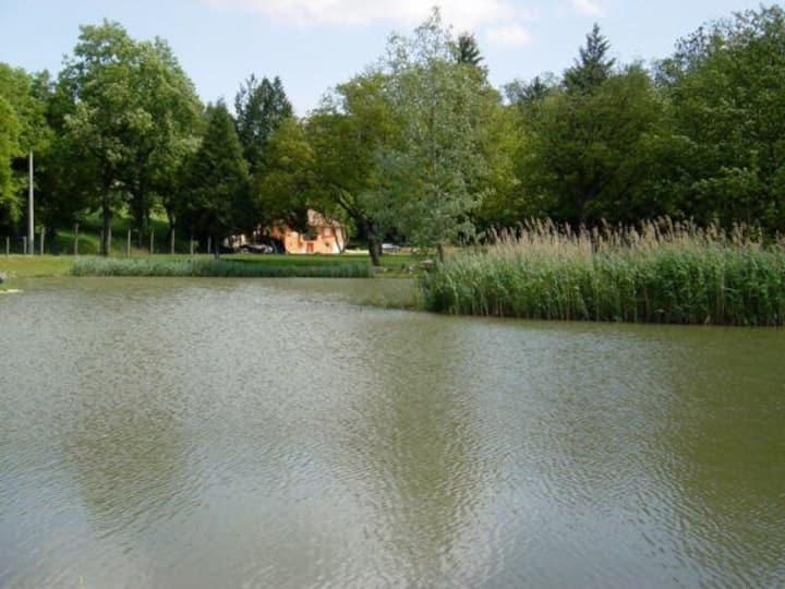 Superbe moulin en Bresse (Ain) ...