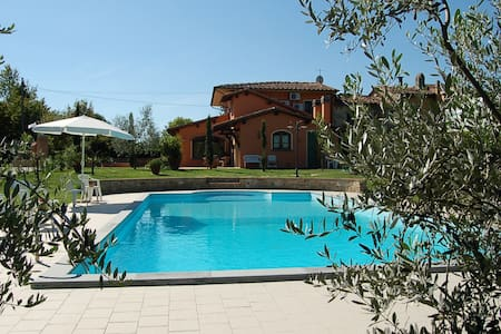 Villa la Querce, house with private pool - Querce - Haus
