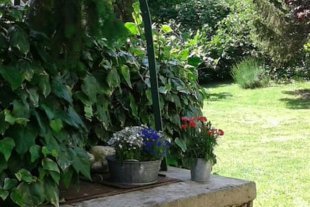 B&B La Casa di Cuccaro - Cuccaro Monferrato, Piemonte, IT - Bed & Breakfast
