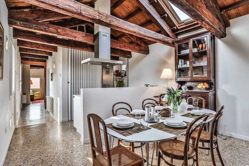 Kitchen & Living
