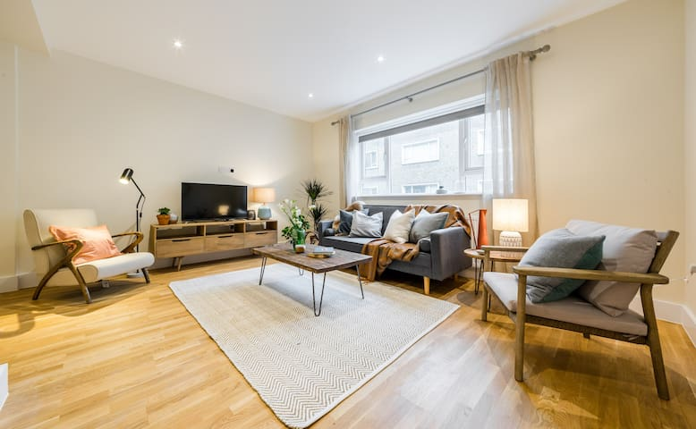 (6) Lovely 3bed/2.5 bath 3min from South Ken Tube