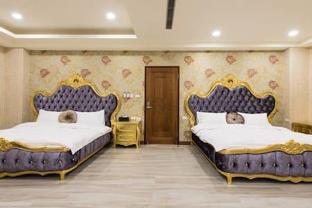 馬德里花園 -Room203 / 四人房 - Yilan City