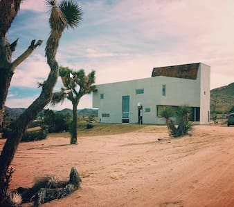 Spirit Wind - Architectural Oasis in Joshua Tree - Joshua Tree