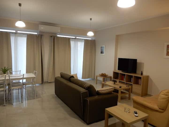 Spacious home in Lefkada
