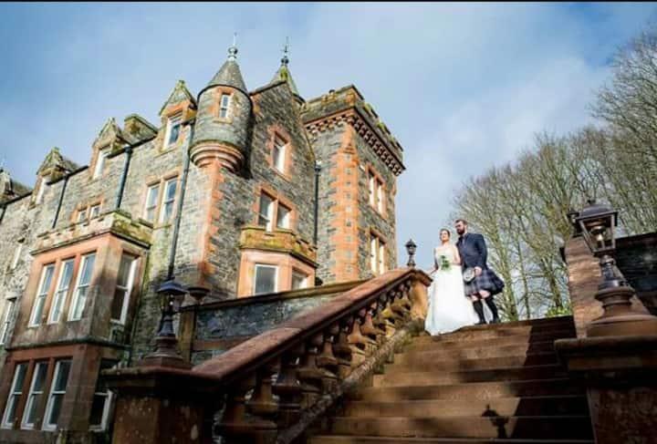 Machermore Castle (Room Smith)