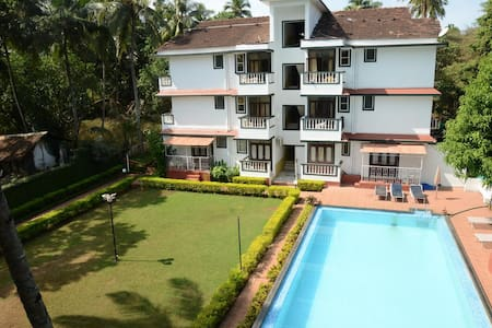 Airconiditioned Studio's With A Swimming Pool - Candolim