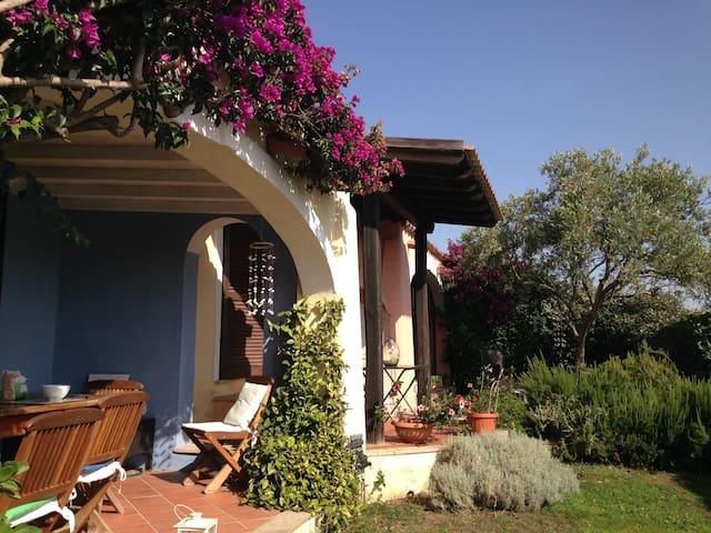 Elicriso villa overlooking Tavolara - Porto San Paolo - House