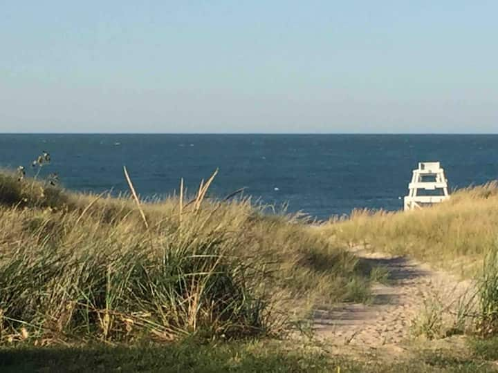 Stroll to Beach, Nat'l Park! 5BR Getaway+Game Room