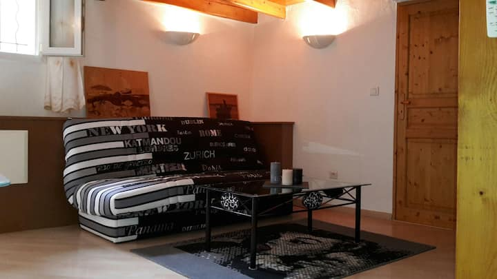 Loft cosy au cœur de la vieille ville, calme 47 m2