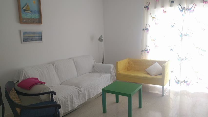 Sunny and spacious flat in Ayamonte