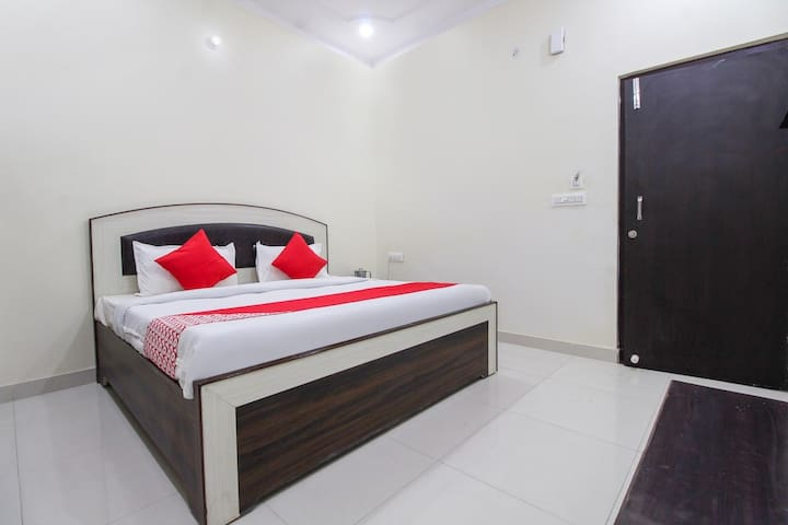 Divine Home Stay