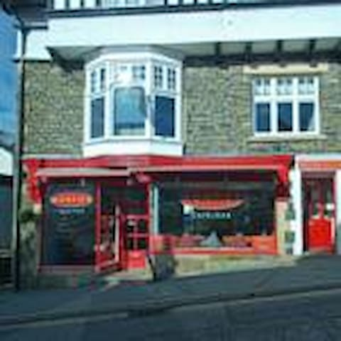 Monties - Cumbria - Guesthouse