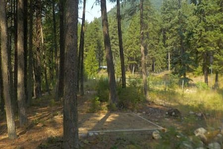 Valhalla Pines Tent Site 3 w/ WIFI & amenities