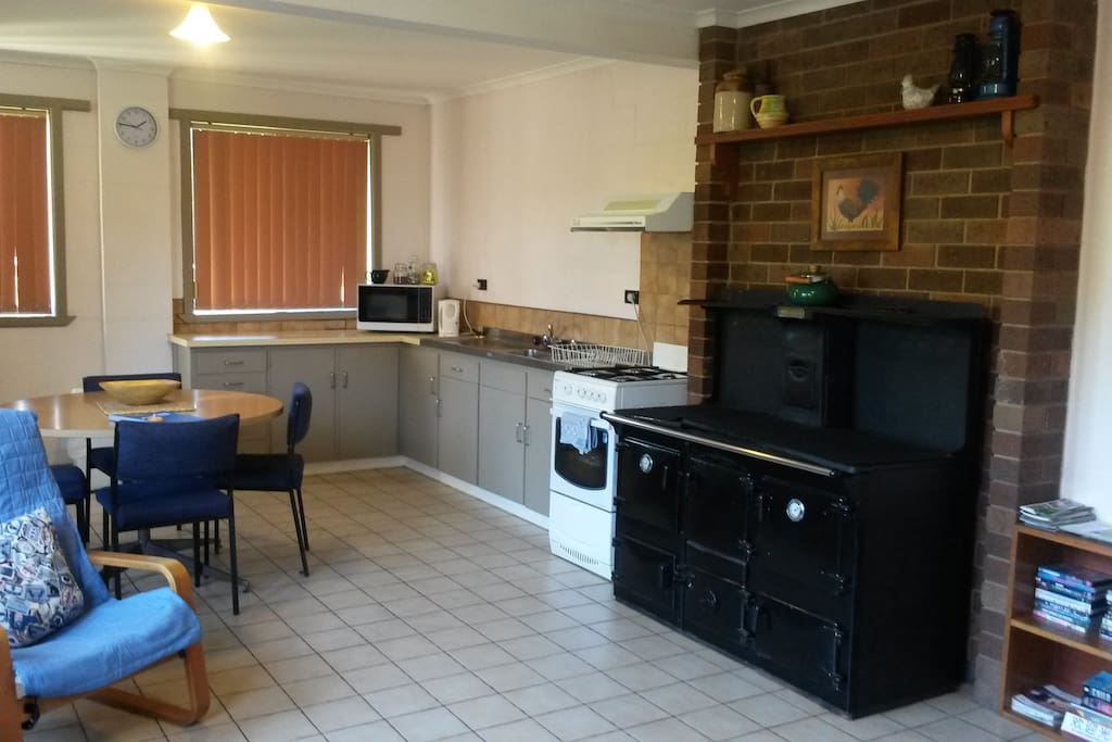 Looking from TV towards kitchen area.