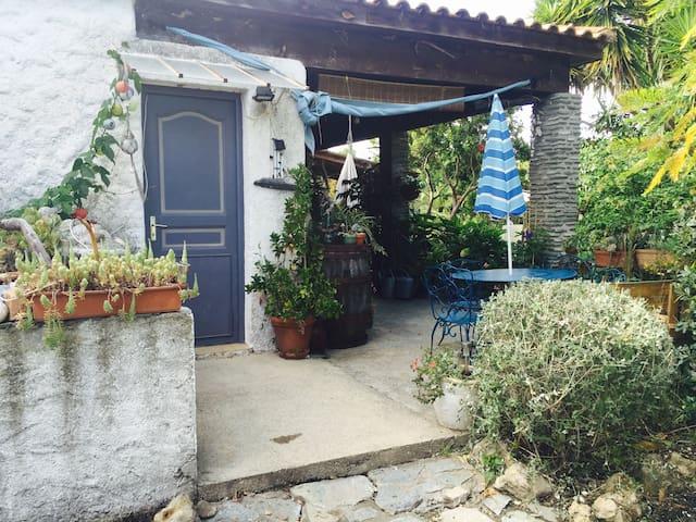 Studio 2 pers avec jardin privé - Гизоначча - Дом