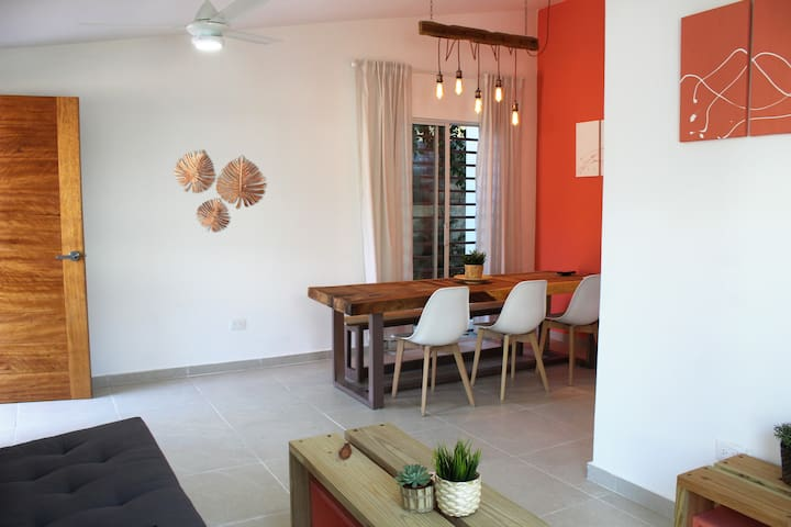 Cosy little house with garden in Santo Domingo