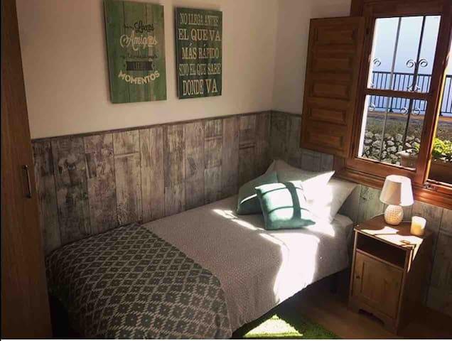 Dormitorio 3 (individual) cama 90.
