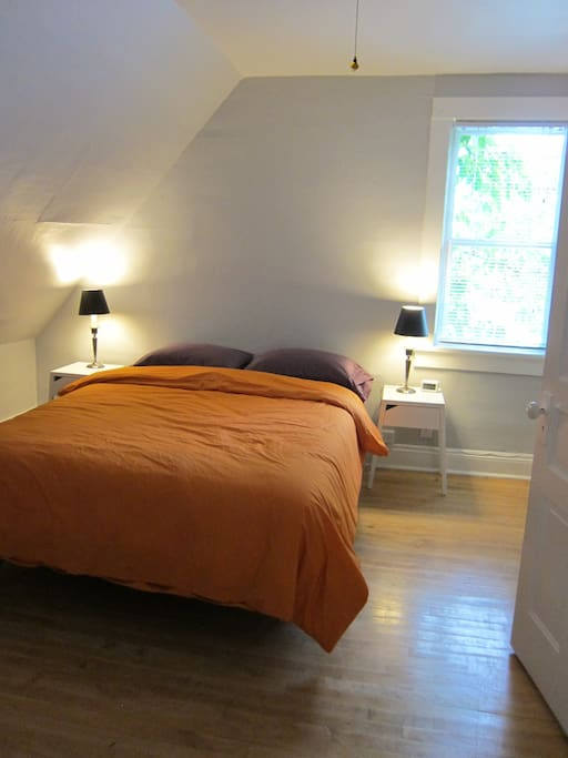 Cozy bedrooms, with lighting fixtures to light up your stay! Perfect for any late night reading.