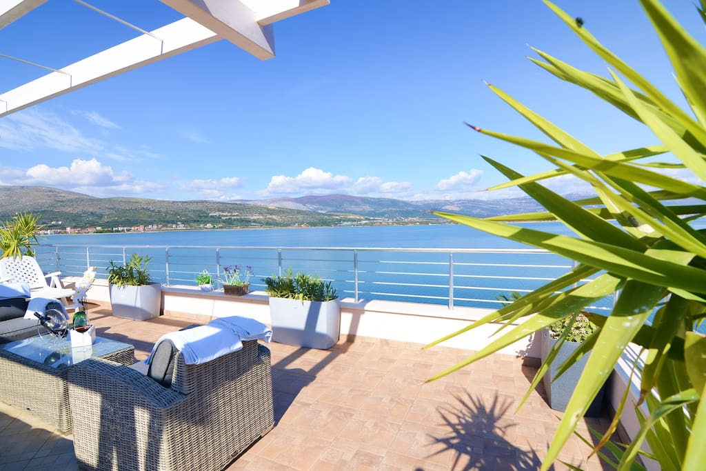 LUXURY VILLA ON THE BEACH ,... Trogir,Split,Dalmatia