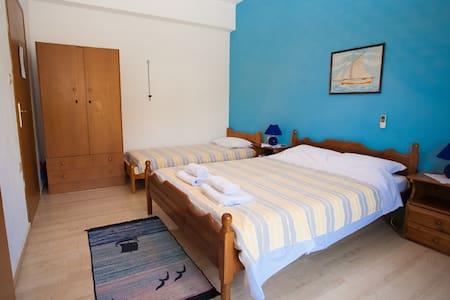 Appartamento con Balcone e due letti - Lagkada