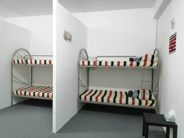 Backpacker Room