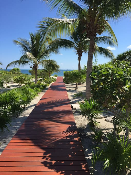 walking distance to access to the beach