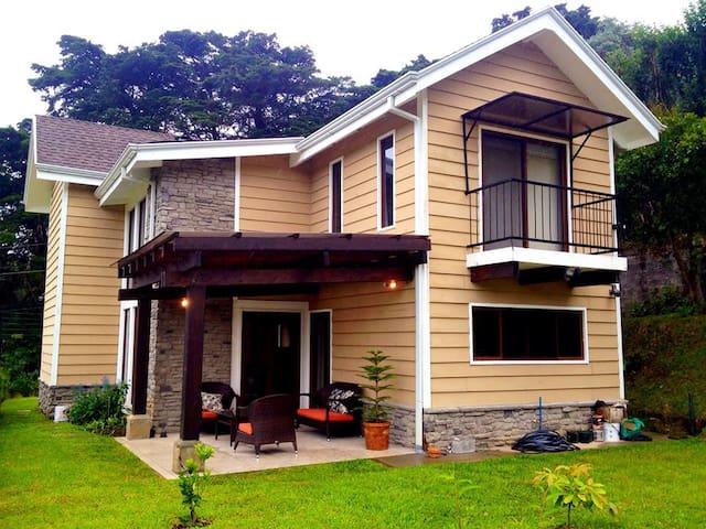 Single Room in Mountain House 1 - San Isidro - House