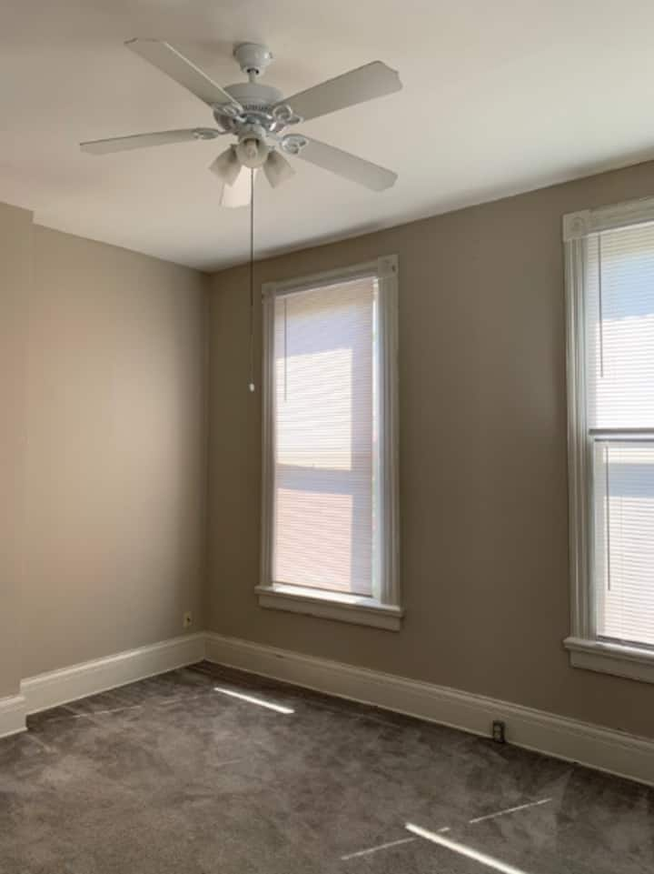 Cozy & Affordable Short Term Stay Near UC Campus