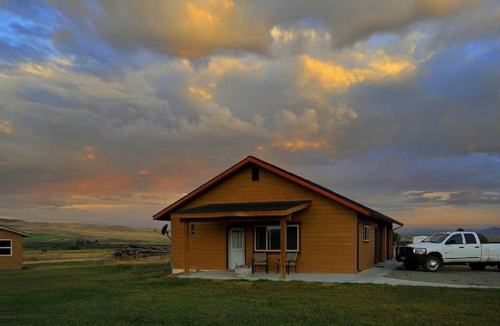 Sheridan Montana Ranch Flat / Apt