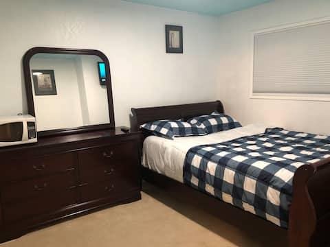 Clean and Comfortable Private Room